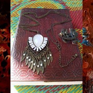 VTG Boho Coachella FolkArt Native Feather Necklace